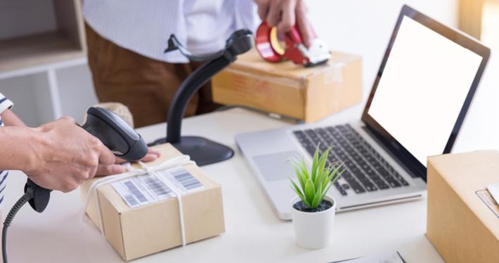 E-Commerce Service & Teiledienst Titel