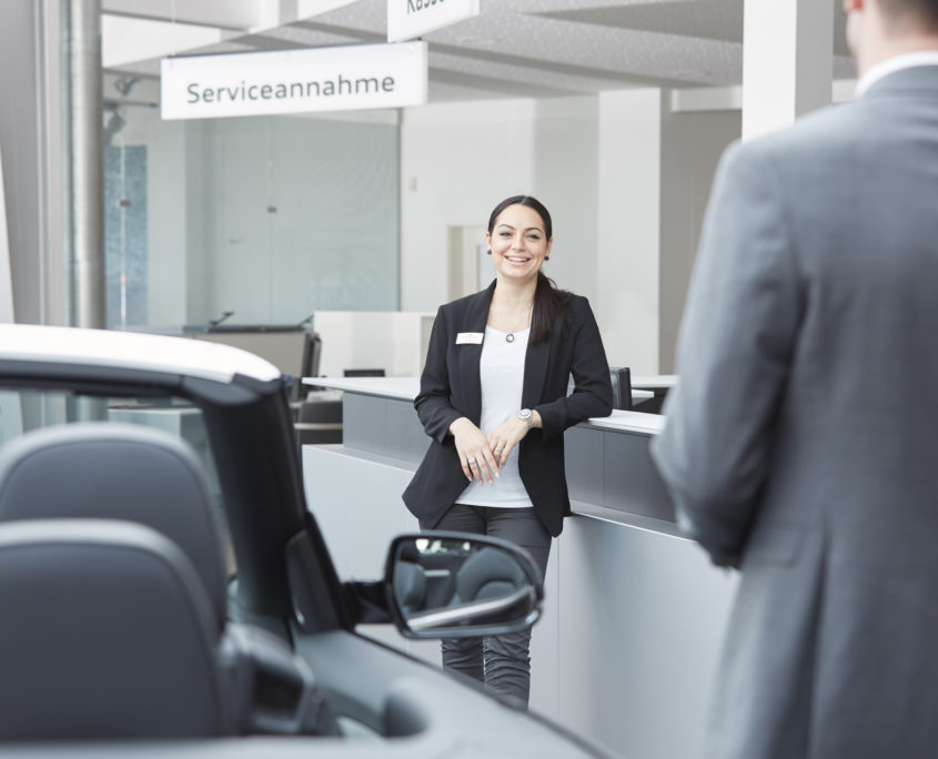 Audi Service Stoppanski